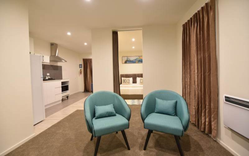 Superior Accessible Suite with Breakfast